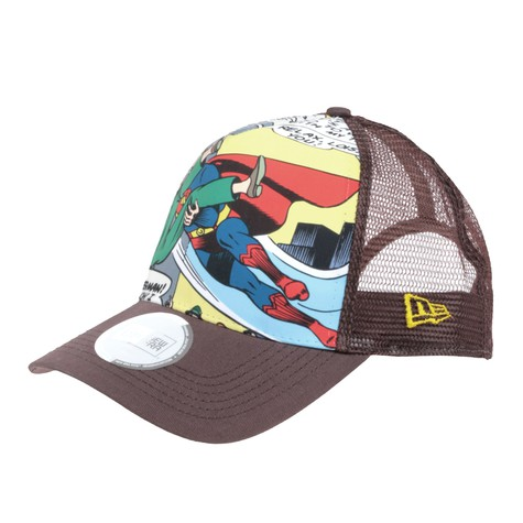 New Era X DC Comics - Superman To The Rescue Trucker Hat