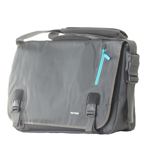 Incase - Nylon Messenger Bag