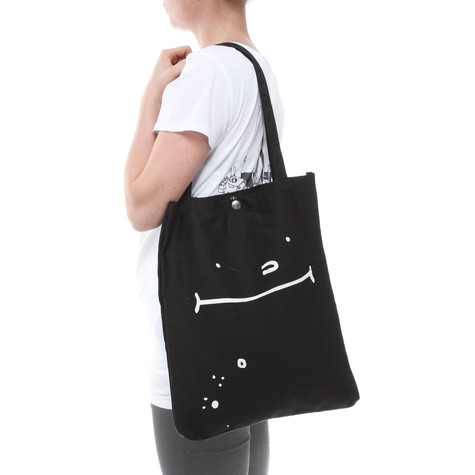 Cleptomanicx - Mute Toast Shoulder Bag