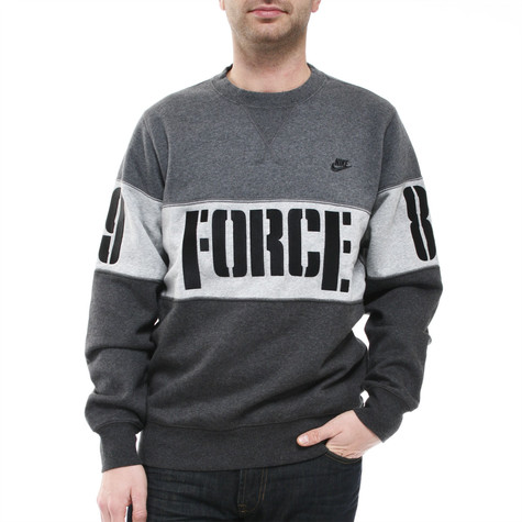 Nike - Force Graphic Crew Sweater