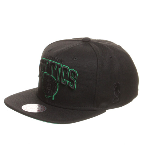 Mitchell & Ness - Boston Celtics NBA Black Team Arch Snapback Cap