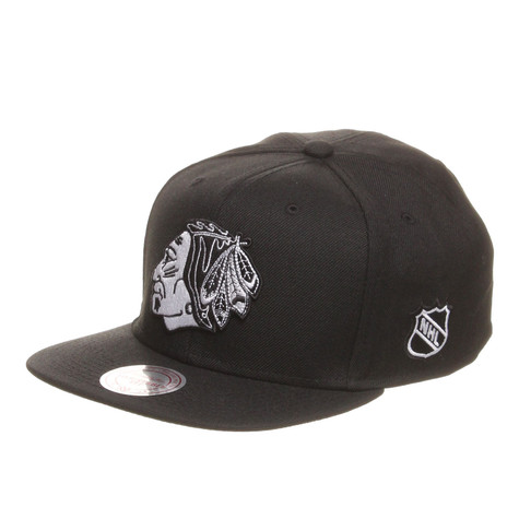 Mitchell & Ness - Chicago Blackhawks NHL B&W Monoc Snapback Cap