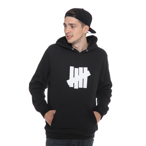 Undefeated - 5 Strike Basic Pullover Hoodie