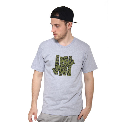 Undefeated - Combat Strikes T-Shirt