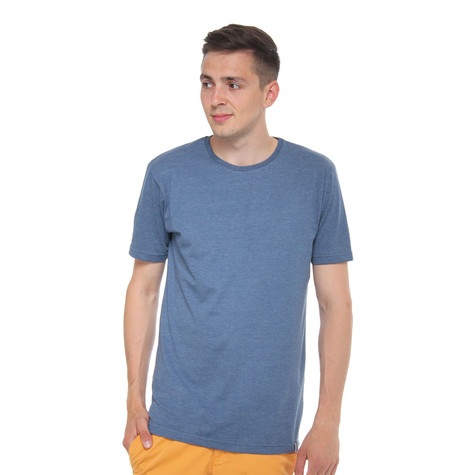 Cleptomanicx - Icon Scoop Neck T-Shirt