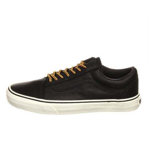 5e35d81101 Vans - Old Skool Reissue (Leather) (Black   Vanilla Ice)