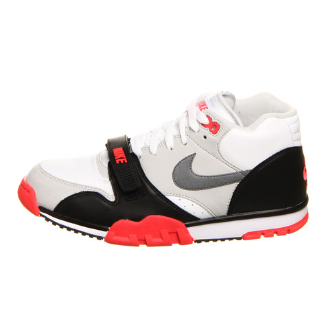 Nike - Air Trainer 1 Mid Premium QS