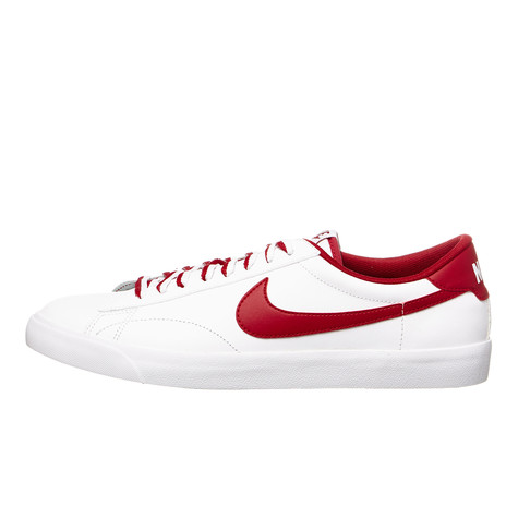 separation shoes 143dc 33858 Nike. Tennis Classic AC ND (White   Gym Red   Gum Med Brown)