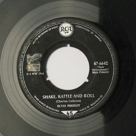 Elvis Presley - Shake, Rattle And Roll / Lawdy, Miss Clawdy
