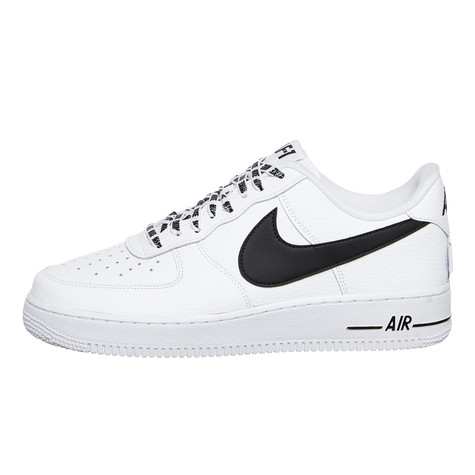 nike air force 1 07 lv8 white black