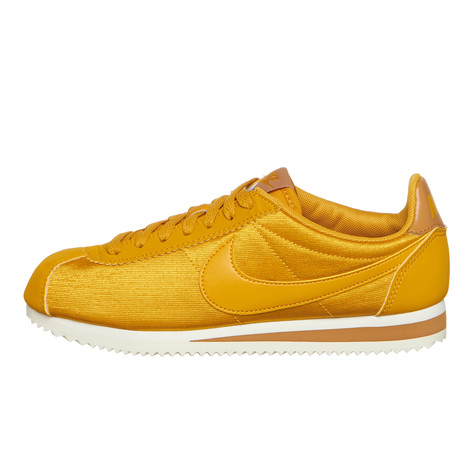 best authentic 29fef 40656 Nike. WMNS Classic Cortez Nylon (Mineral Yellow ...