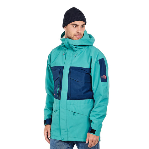 The North Face. Fantasy Ridge GTX Jacket (Porcelain Green   Blue Wing Teal) 2520d5427f80