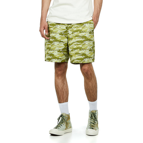 HUF - Fuck It Tiger Camo Easy Short
