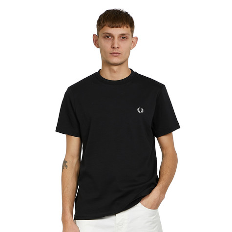 Fred Perry - Laurel Wreath T-Shirt